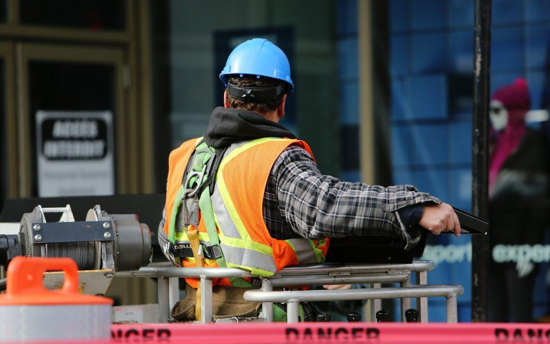 Fit gegen Covid-19: Digitalisierung der Bau- und Handwerksbetriebe im Home-Office